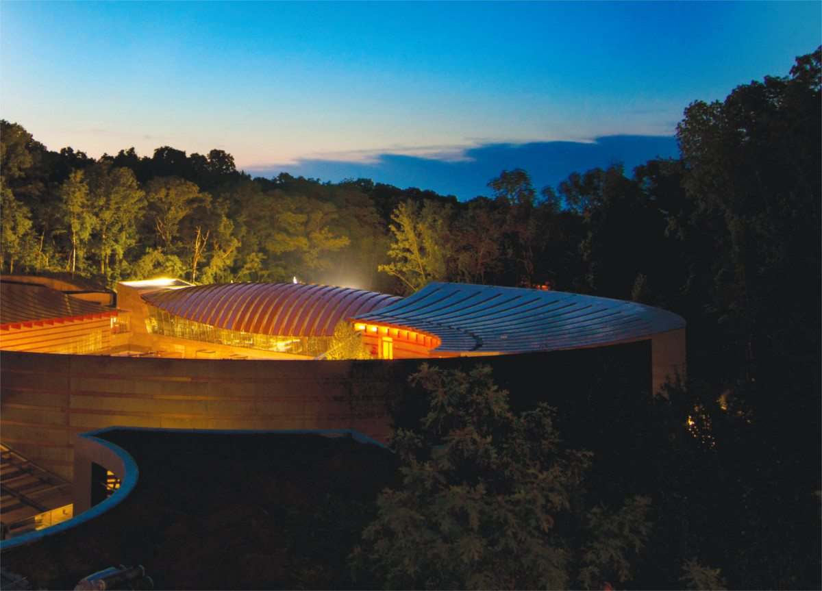 Crystal Bridges Museum of American Art at night